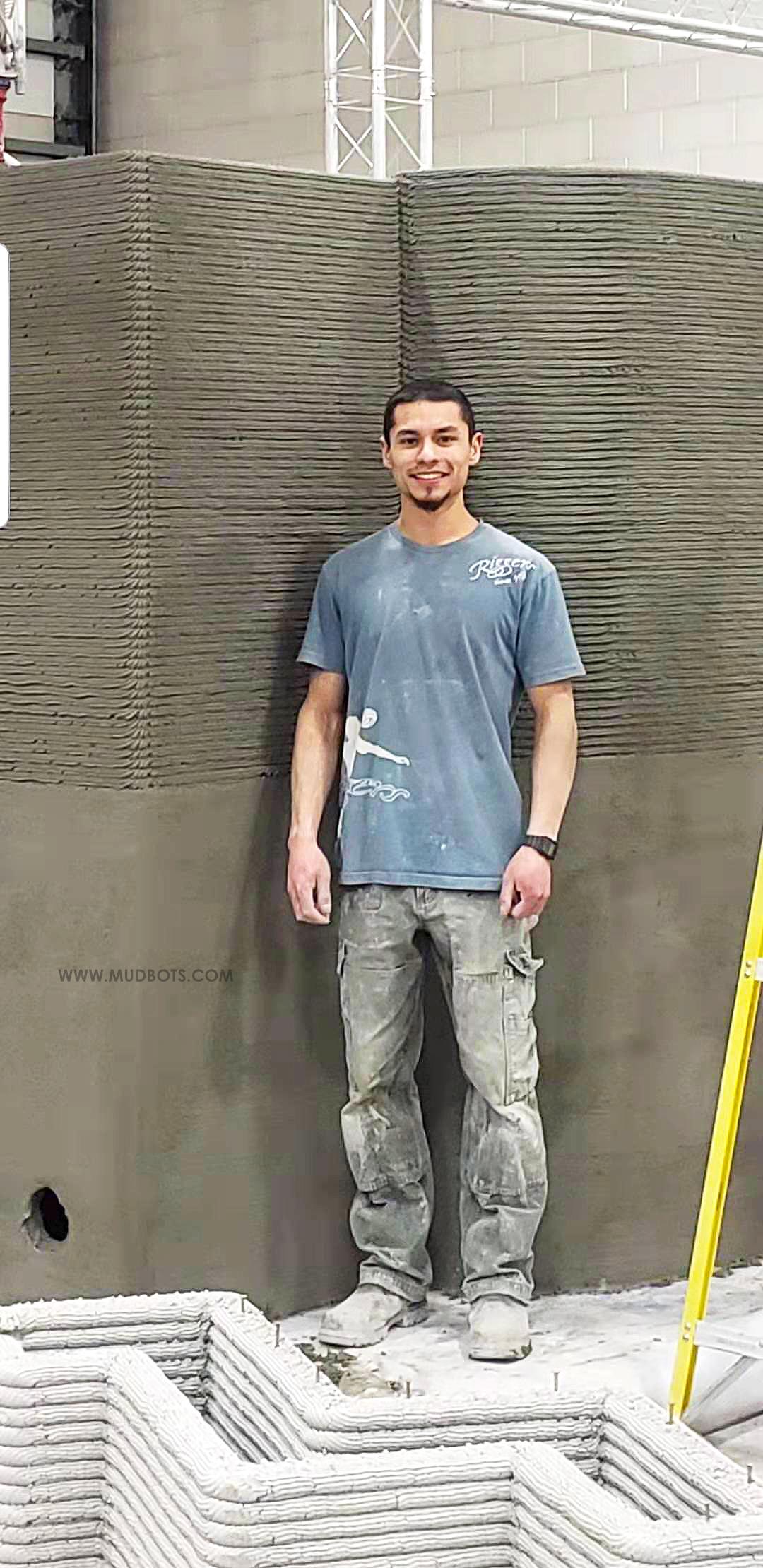 3D Concrete Printing 8 Feet Walls