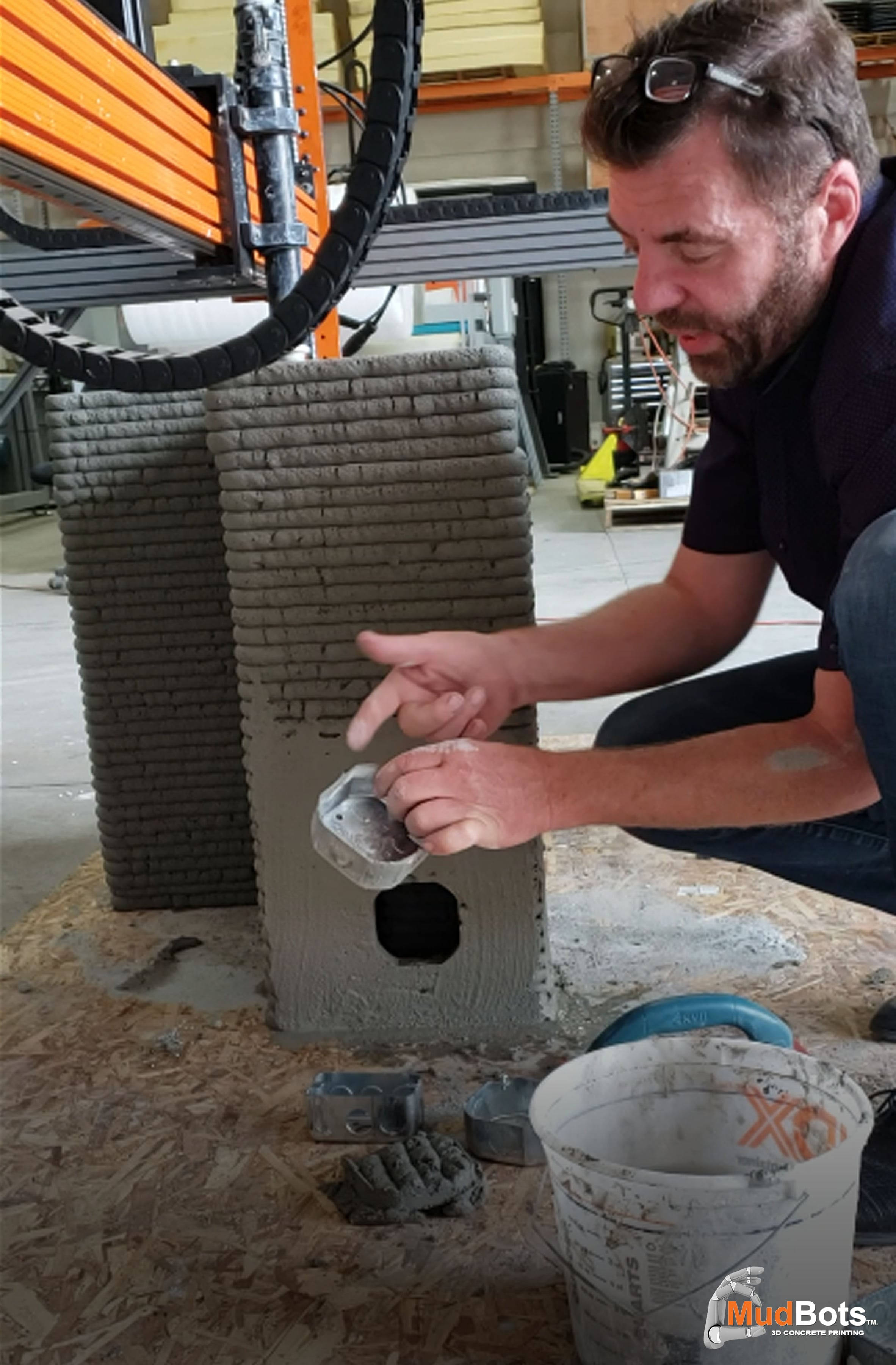 Add electrical wirings to 3D Printed Concrete Walls