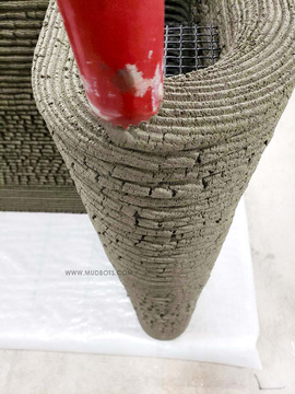 Perspective view on Nozzle Tip and 3D Printed Concrete